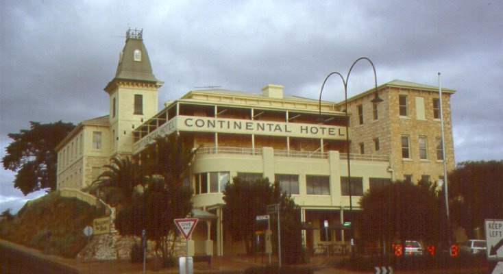1 Continental Hotel