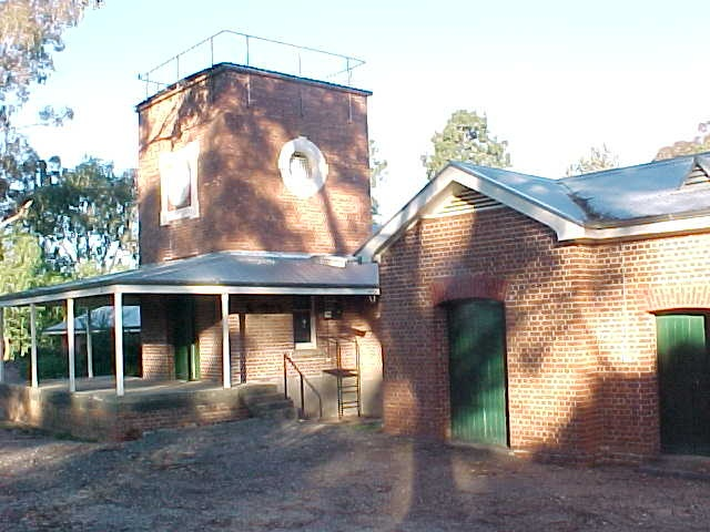 1 winery rutherglen research intitute chiltern valley road jul2000 pm1
