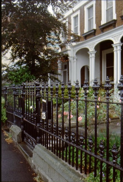 1 nepean terrace gipps street east melbourne facade january 2000