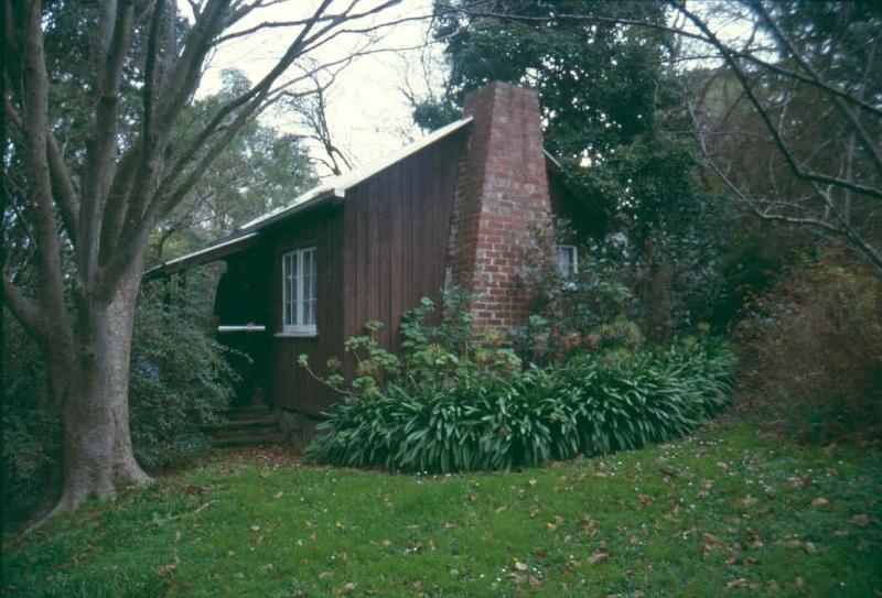 H01962 HO1962 marshall garden studio 2001