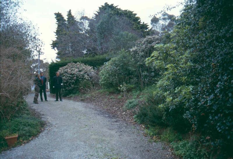 H01962 HO1962 marshall garden front 2001