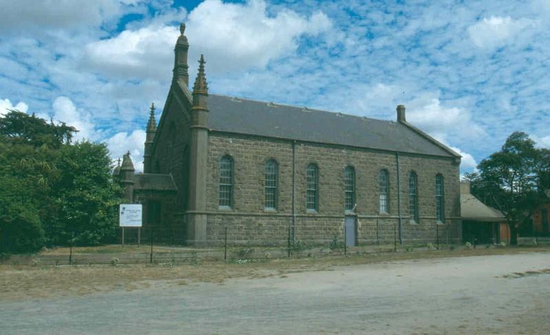 H01989 former congreg church kyneton1