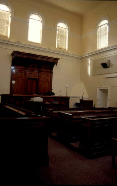 H01997 stawell courthouse courtroom sep01 ac2