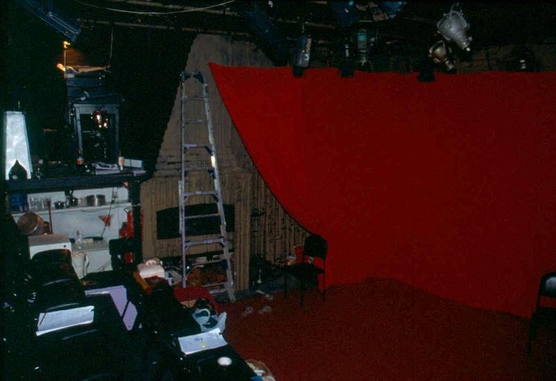 H01991 la mama theatre carlton east wall 2002
