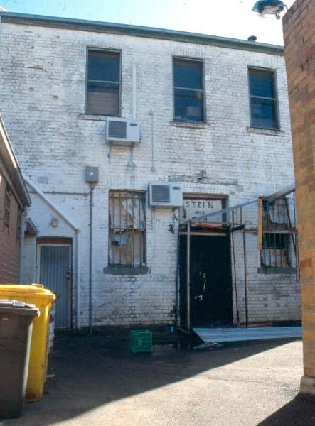 H01991 la mama theatre carlton from south 2002