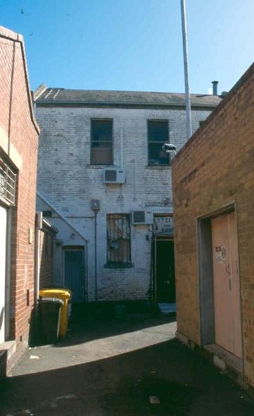 H01991 la mama theatre carlton from south row 2002
