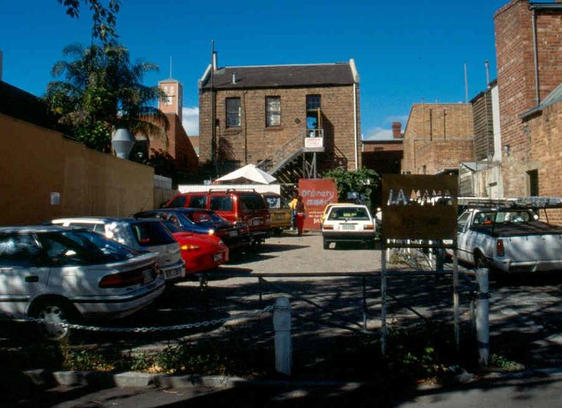 H01991 la mama theatre carlton from faraday street 2002