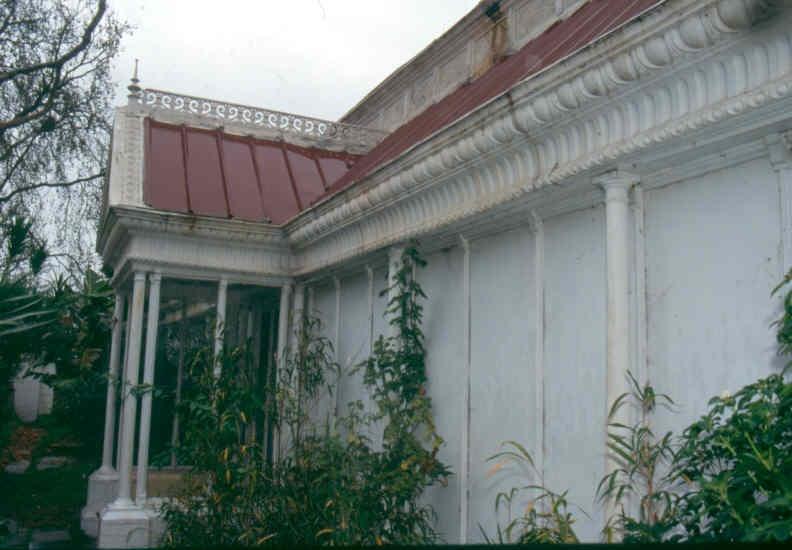 H02005 1 labassa conservatory june 2002