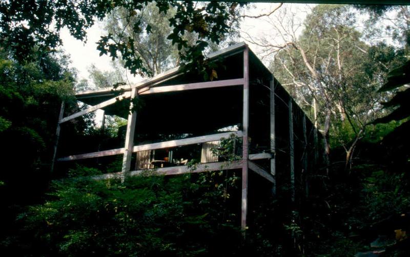 H02006 clemson house kew verandah 01
