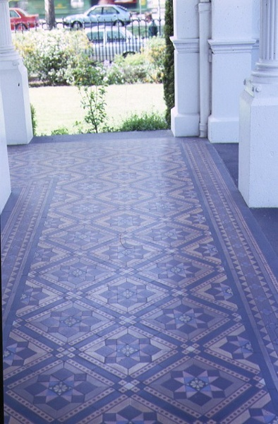 H01619 airlie domain road south yarra tiles at entrance