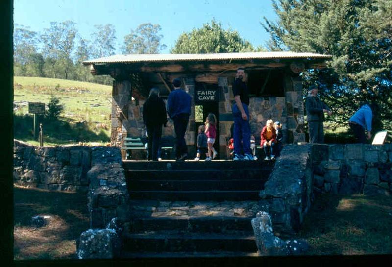 H01978 buchan caves h1978 fairy cave entrance sept 2001