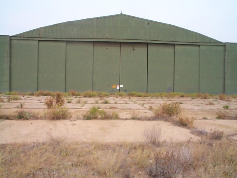 H01884 werribee satellite aerodrome feb2003