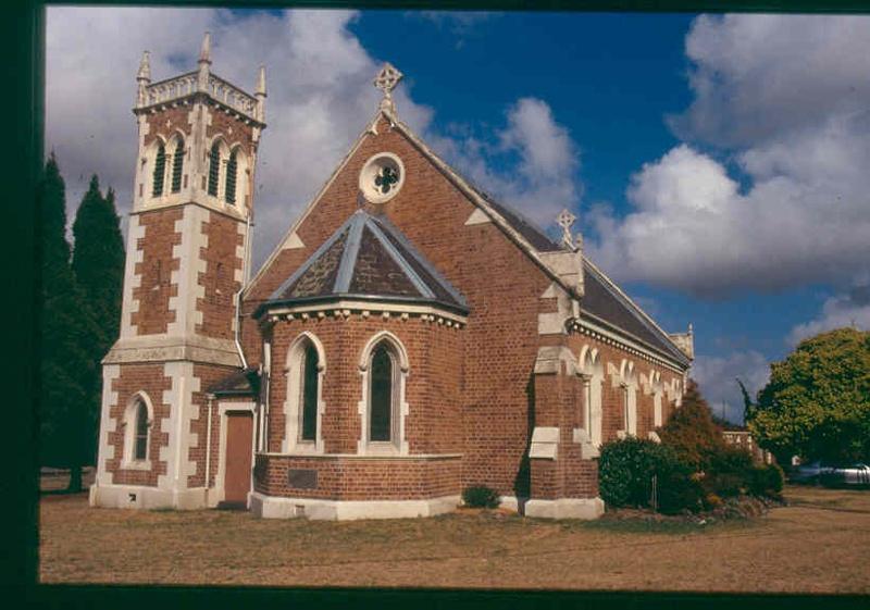 H00225 1 christ church dingley feb 2003