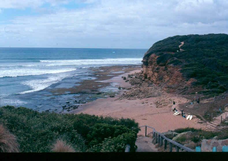 H02032 bells beach 2