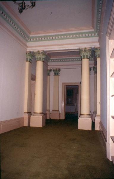 h02037 shrublands canterbury entry hall