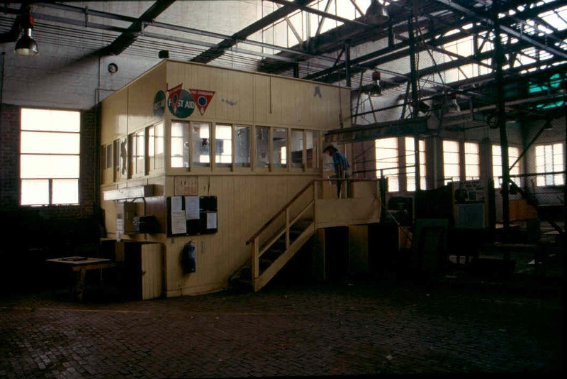 h02031 preston tramway workshops int foreman s office may03 aj