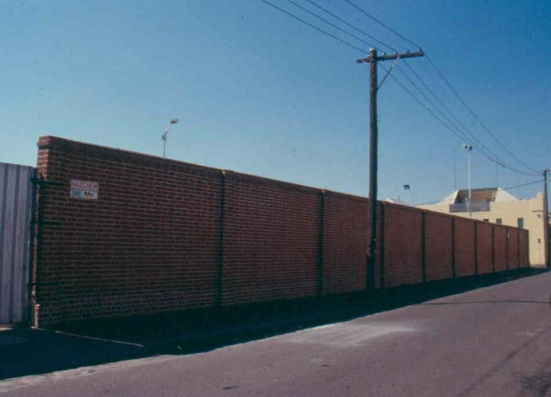 h01687 fitzroy pool wall