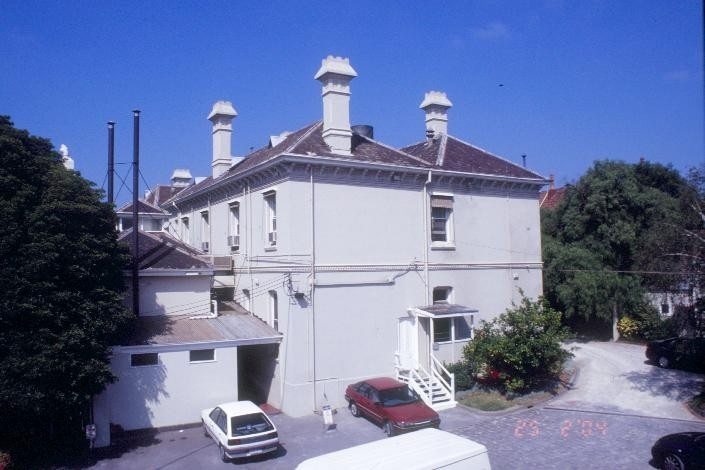 h01619 airlie domain road south yarra rear main bldg she project 2004