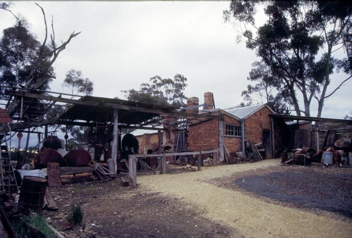 archibolds treatment works vineyard road castlemaine skillion roof she project 2003