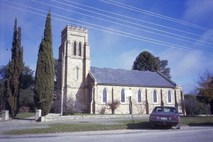 1 christ church ford street beechworth exterior she project 2003