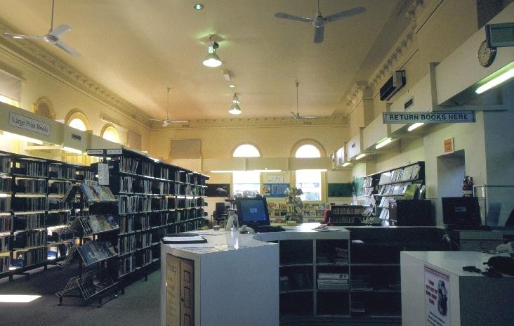 east gippsland regional library service street bairnsdale interior she project 2003