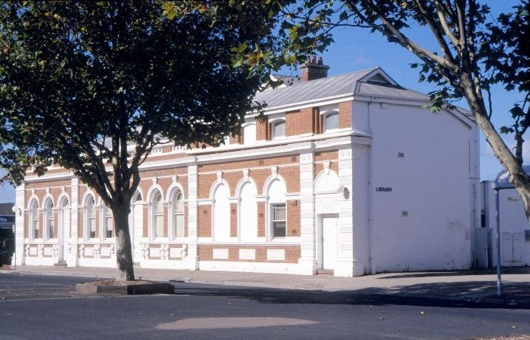 east gippsland regional library service street bairnsdale nicholson st side and rear she project 2003