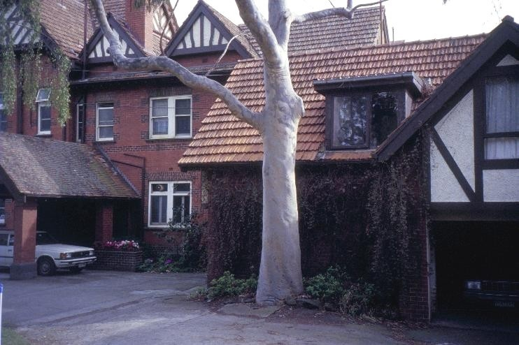 edzell st georges road toorak rear she project 2003