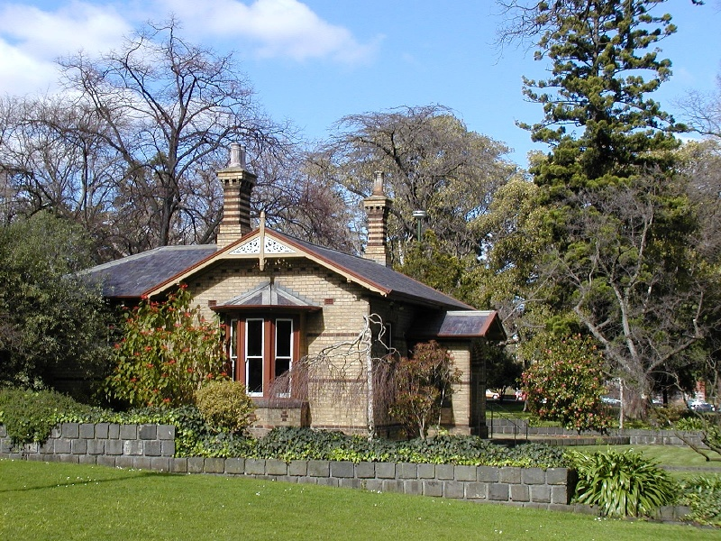 fitzroy gardens east melbourne cottage she project 2004