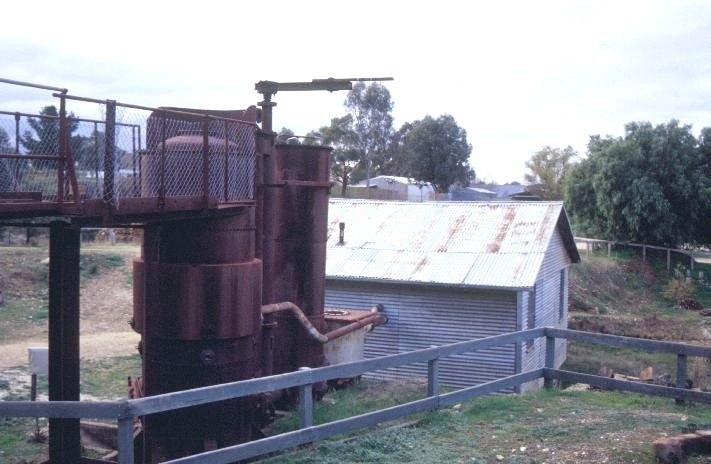forest creek tourist gold mine castlemaine and chewton road castlemaine engine shed close up she project 2003