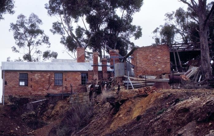 h01351 1 archibolds treatment works vineyard road castlemaine treatment works she project 2003