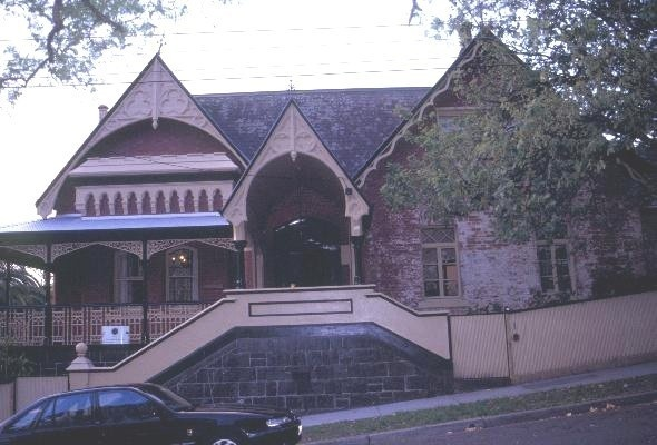 h00552 1 alloarmo grattan st hawthorn external front view she project 2003