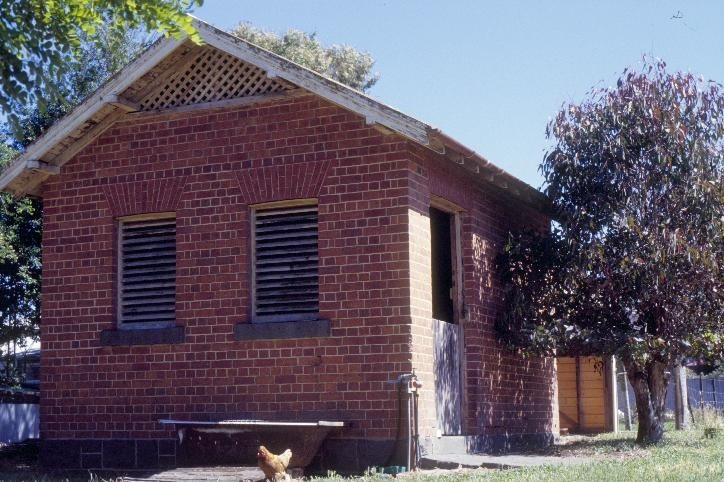 h00533 former police residence and lock up heales street talbot stables she project 2003