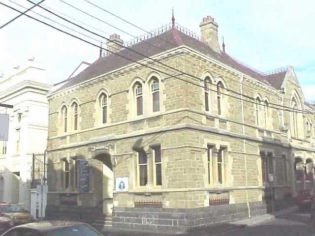 h00542 former police station and court house greville street prahran she project 2004