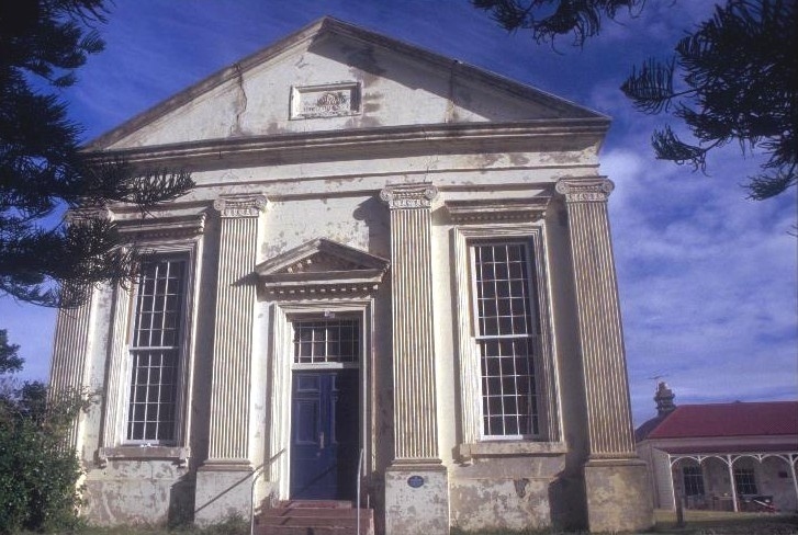 h00850 1 former st andrews presbyterian church and manse william st port fairy front facade she project 2003
