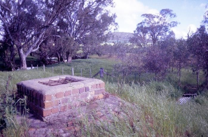 h01330 former thoona dairy and butter factory sargeant street thoona over underground water tank she project 2004