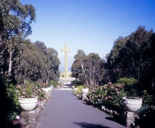 h01027 macedon cross cameron drive mt macedon cross she project 2003