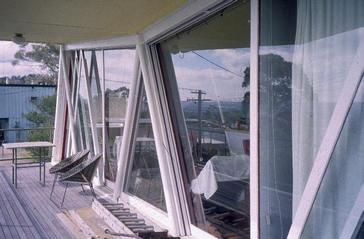 h01906 mccraith house atunga terrace dromana verandah she project 2003