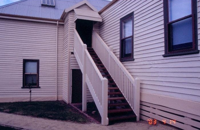 h00544 mechanics institute free library king and cowan street toongabbie exterior stair well she project 2003