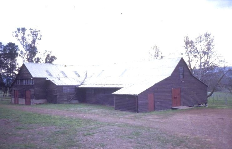 h00371 murrindindi station melba hwy yea woolshed she project 2003