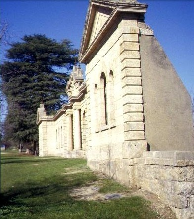 h00358 old hospital ruins church st beechworth view accross facade she project 2003
