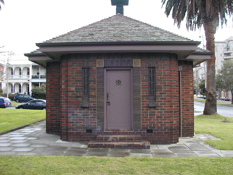 h00945 1 old men's shelter powlett reserve cnr powlett and albert east melbourne front view