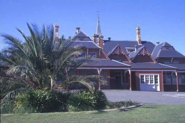 h01622 primary school no 4 barnett st avoca west view