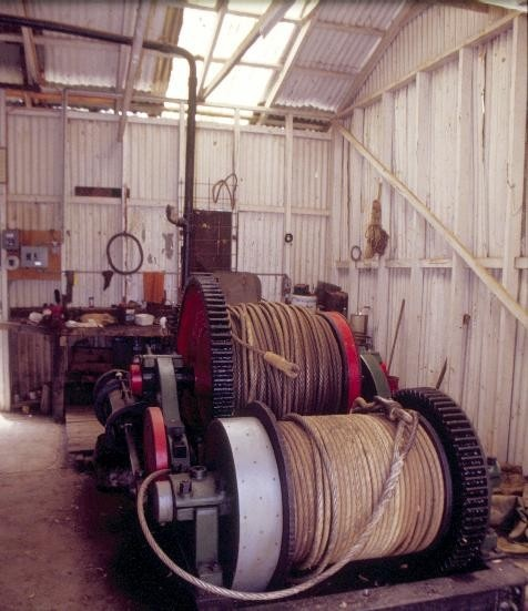 h00993 torrumbarry weir lock chamber steam boiler and steam winch complex torrumbarry winch house interior she project 2004