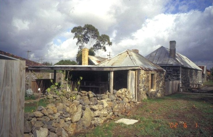 h00979 ziebells farm gardenia st thomastown drying shed she project 2003