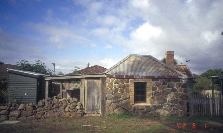 h00979 ziebells farm gardenia st thomastown smokehouse laundry outbuilding she project 2003