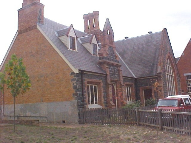 h01714 primary school no 33 dana street ballarat residence