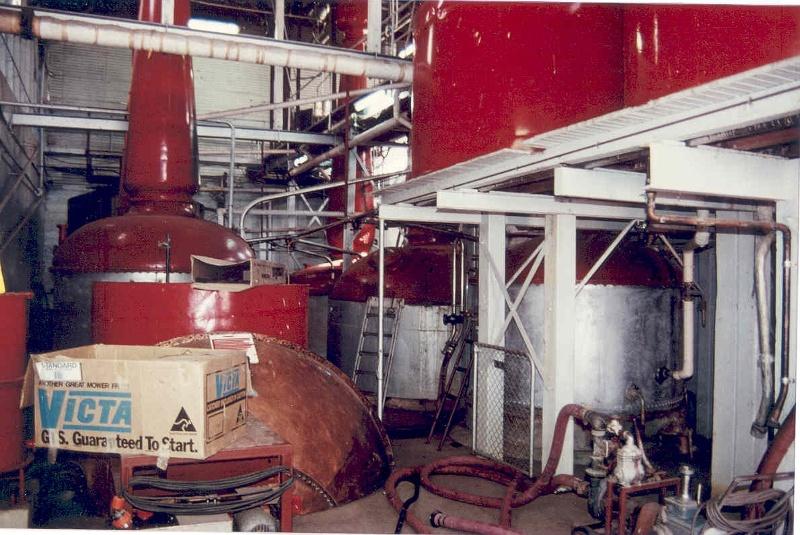 h01099 mildara blass distillery merbein copper pot stills