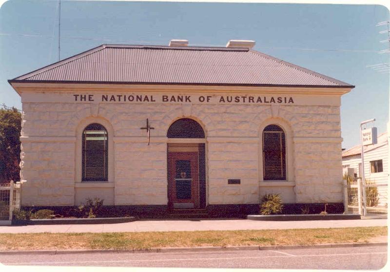 h00399 1 national bank maffra 1977