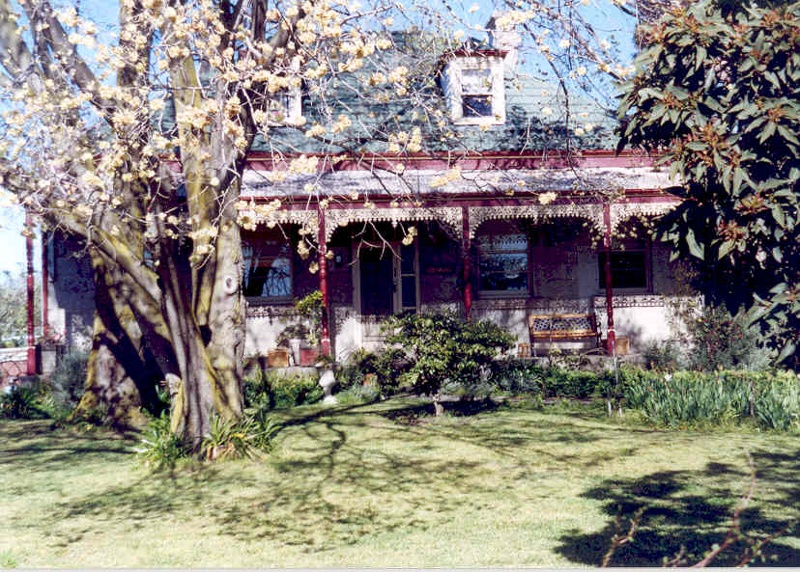 h01297 the grange belgrave street coburg front view she project 2003
