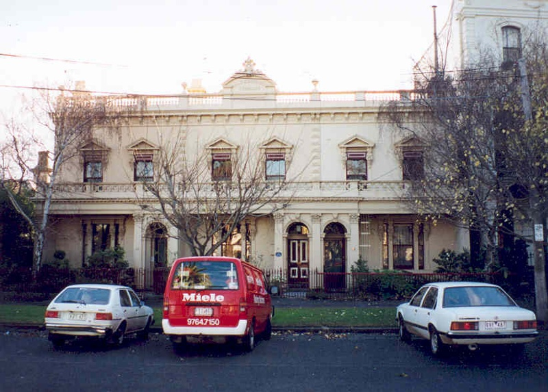 h00221 1 hazelwood terrace howe crescent south melb street view she project 2003